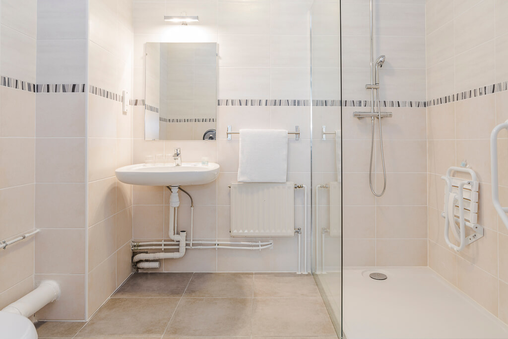 hotel gare grenoble salle de bain