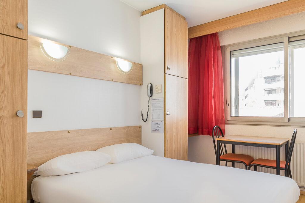 hotel grenoble gare chambre double grand lit